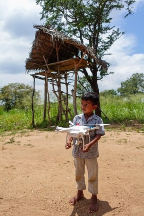 Exploring my drone, Sri Lanka, Sri-Lankan Boy, Jungle