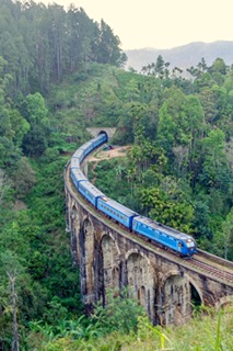nine arch bridge, Train, Ella, Sri Lanka Viewpoint