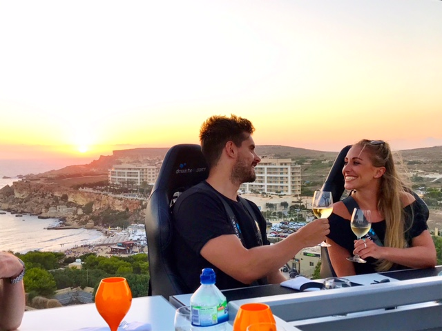 Dinner in the Sky, Malta, Couple, Love