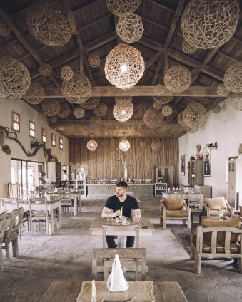 Restaurant, Lunch, Curry, Barahi Jungle Lodge