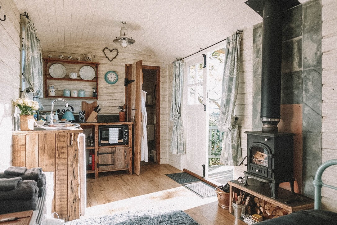 Shepherd's Hut, Cornwall, Salt and Coconuts, Log Burner, The best airbnb