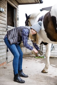 salt and coconuts, The Original Muck Boot Company, Photoshoot, Broadway, The Cotswolds, Horse, Stables,