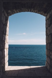 Salt and Coconuts, Dubrovnik, Croatia, Castle Walls, History, The Old Told, Spy Hole, Photography