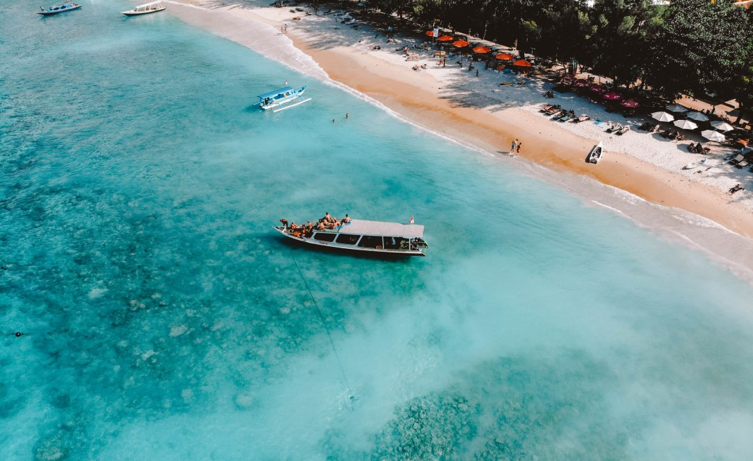 Boat, Sea, Drone DJI, Salt and Coconuts, Mavic Air, Cool shot, Sea, Blue, Tropical, Beach, Landscape